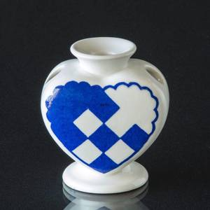 Royal Copenhagen Heart, Blue, Faience Candle Holder | No. 1-2231 | DPH Trading