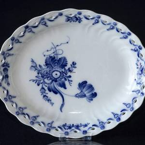 Blue Flower, Curved, oval Dish 27 cm | No. 10-1580 | DPH Trading