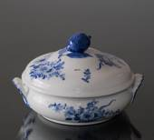 Blue Flower, Braided, roundl Dish with Cover (1889-1922)