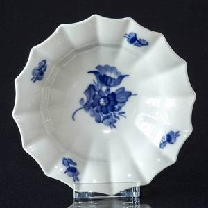 Blue Flower, Angular, oval Pickle dish ø15cm | No. 10-8555 | DPH Trading