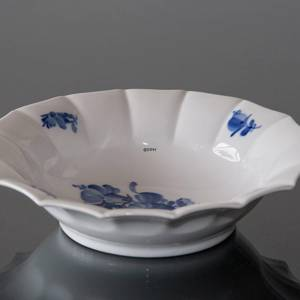 Blue Flower, Angular, oval Pickle dish ø17cm | No. 10-8556 | DPH Trading