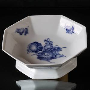 Blue Flower, Angular, Salad Bowl on low foot | No. 10-8624 | DPH Trading