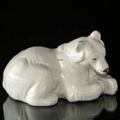White Polar bear lying down resting, Royal Copenhagen figurine no. 21520