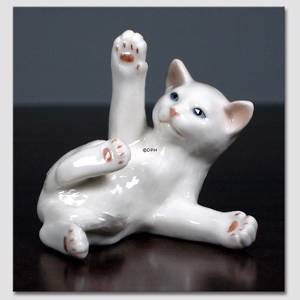 Cat, Dizzy, Royal Copenhagen figurine | No. 1003682 | Alt. 1003682 | DPH Trading