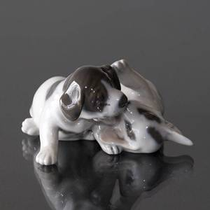 Pointer Puppies, Royal Copenhagen dog figurine no. 453 | No. 1020058 | Alt. R453 | DPH Trading