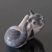 Cat, playing. Royal Copenhagen figurine no. 727