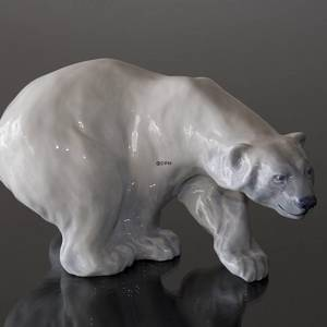 Polar Bear on the Prowl, Royal Copenhagen figurine no. 1137 | No. 1020089 | Alt. R1137 | DPH Trading
