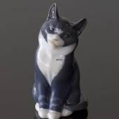Grey cat playing, Royal Copenhagen figurine no. 1803