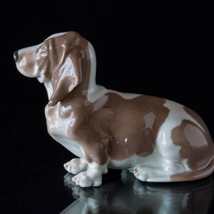 Bassethound, Royal Copenhagen dog figurine | No. 1020356 | Alt. 1020356 | DPH Trading