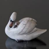 Swan with cygnets, Royal Copenhagen figurine