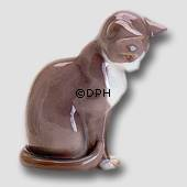 Grey cat, Bing & Grondahl cat figurine no. 2454