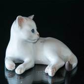White Kitten, lying down, Bing & Grondahl cat figurine no. 2504