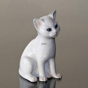 White Kitten, sitting, Royal Copenhagen cat figurine