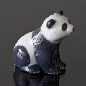 Panda sitting inquisitively, Royal Copenhagen figurine