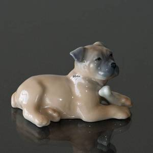 Boxer happy with its bone, Royal Copenhagen dog figurine | No. 1020748 | Alt. 1020748 | DPH Trading