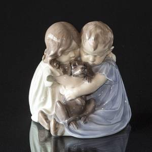 Two Children with Dog, Royal Copenhagen figurine no. 707