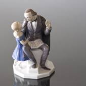H. C. Andersen telling his stories to a girl, Bing & grondahl figurine no. ...