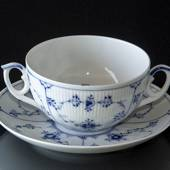 Blue Fluted, Plain, Soup Cup with Lid, capacity 33 cl., Royal Copenhag...