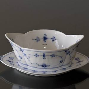 Blue Fluted, Plain, Souce Boat on Fixed Stand, capacity 45 cl., Royal Copenhagen | No. 1101563 | Alt. 1-204 | DPH Trading