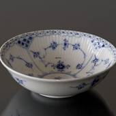 Blue Fluted, Half Lace, Salad Bowl, capacity 40 cl., Royal Copenhagen 16cm