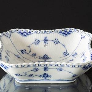 Blue Fluted, Full Lace, square Salad Bowl, capacity 80 cl., Royal Copenhage...