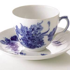 Blue Flower, Curved, Coffee Cup and saucer, capacity 18 cl., Royal Copenhag...