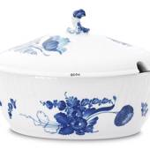 Blue Flower, Curved, oval Tureen with cover, capacity 200 cl., Royal C...