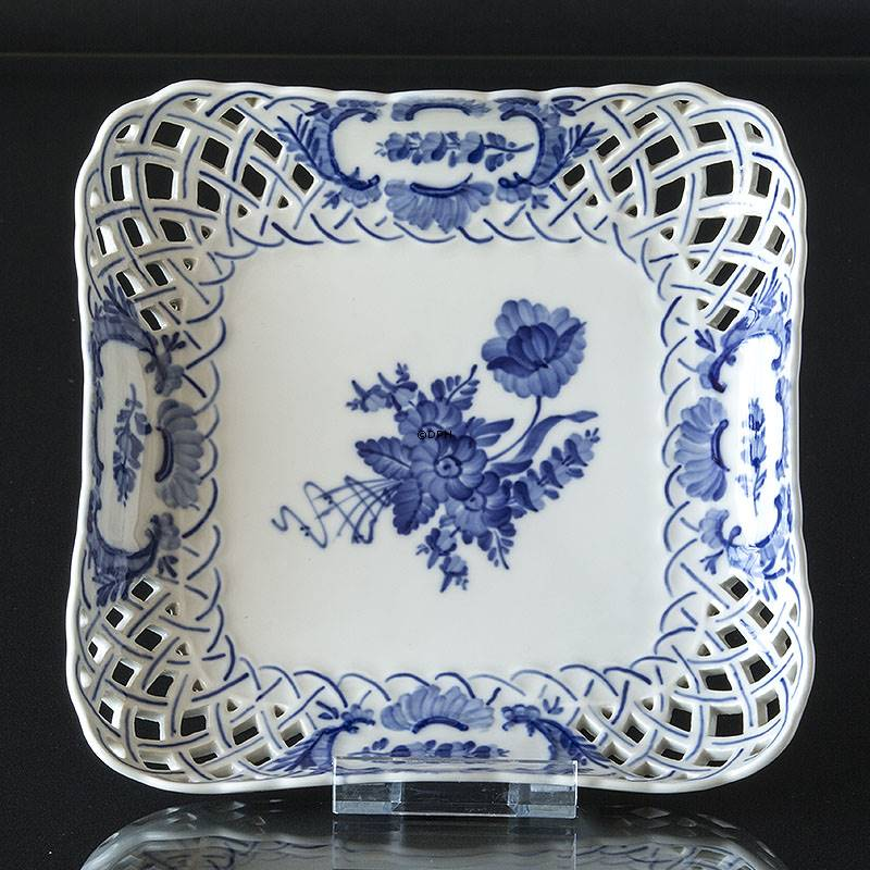 Blue Flower Curved Square Cake Dish With Openwork Rim
