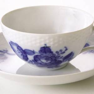 Blue Flower, Braided,Tea cup and saucer, Royal Copenhagen | No. 1107080 | Alt. 10-8049 | DPH Trading