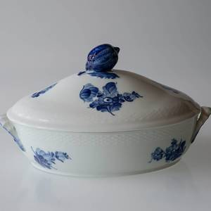 Blue Flower, Braided, oval Dish with Cover