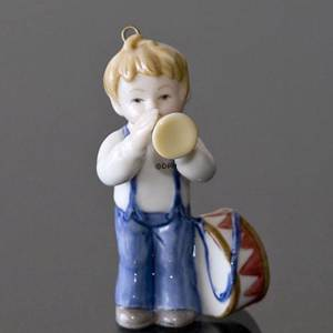 The Childrens Christmas 2002, Figurine Ornament, Boy with drum and trumpet, Royal Copenhagen | Year 2002 | No. 1246744 | DPH Trading