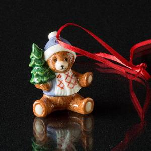 Figurine Ornament 2002, Teddy Bear with Christmas Tree, Royal Copenhagen | Year 2002 | No. 1246746 | DPH Trading