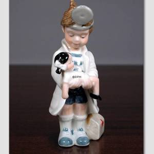 Christian Boy playing Doctor, From the series of mini children from Royal Copenhagen | No. 1249006 | Alt. 1249006 | DPH Trading
