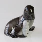 Seal with pup, Royal Copenhagen figurine no. 090