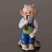 Troll, Grandfather with pipe, Royal Copenhagen figurine