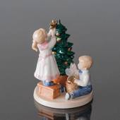 Clara & Peter decorating the christmas tree, Royal Copenhagen figurine