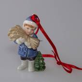 Figurine Ornament 2005, Boy with a bundle of hay, Bing & Grondahl