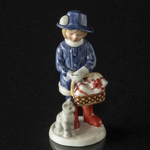 Annual Figurine 2005, Anna with presents, Royal Copenhagen | Year 2005 | No. 1249161 | DPH Trading