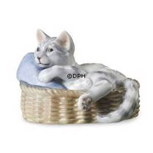 Cat in basket, Royal Copenhagen figurine | No. 1249656 | DPH Trading