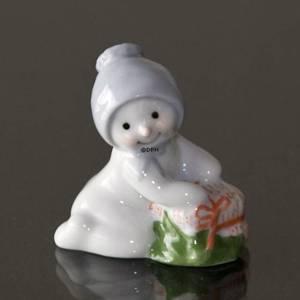 Winter series 2010 snowman, Baby Arthur, Royal Copenhagen | Year 2010 | No. 1249817 | DPH Trading