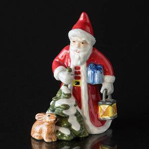 2016 The Annual Santa, Santa with hare and lantern, figurine | Year 2016 | No. 1249854 | Alt. 1016803 | DPH Trading