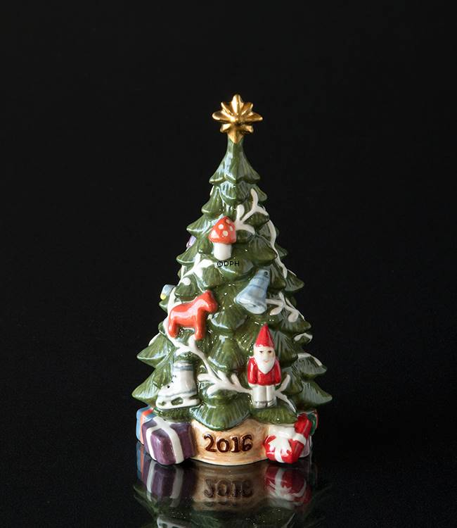 2016 The Annual Christmas Tree Annual Porcelain