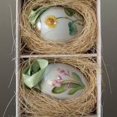 Easter eggs with flowers, coltsfoot and wood hyacinth, 2 pcs., Royal Copenh...