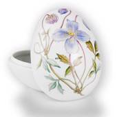 Easter egg, bonbonniere lying with clematis, Royal Copenhagen Easter E...