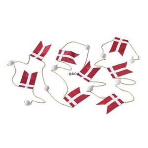 Royal Copenhagen Christmas charm, Flag chain with Danish flags | No. 1250706 | DPH Trading