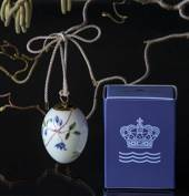 Easter egg with clematis, Royal Copenhagen Easter Egg 2019