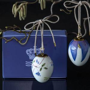 Easter egg with clematis and clematis petals, 2 pcs., Royal Copenhagen Easter Egg 2019 | Year 2019 | No. 1252014 | Alt. 1027160 | DPH Trading