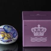Bonbonniere with Pansy, Royal Copenhagen Easter Egg 2020