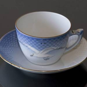 Seagull Service with gold, tea Cup and Saucer, large, capacity 22,5 cl, Bin...