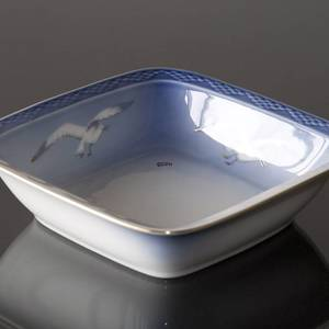 Seagull Service with gold, salad bowl, round, capacity 90 cl, Bing & Grondahl Royal Copenhagen 20cm | No. 1303576 | Alt. 3-229 | DPH Trading